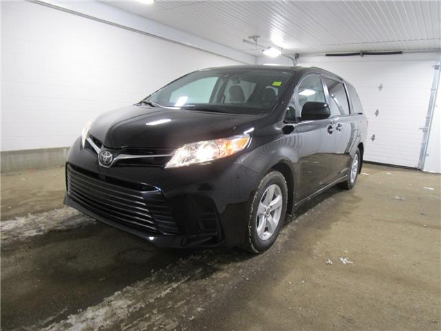 2020 Toyota Sienna LE 8-Passenger (Stk: 203221) in Regina - Image 1 of 26