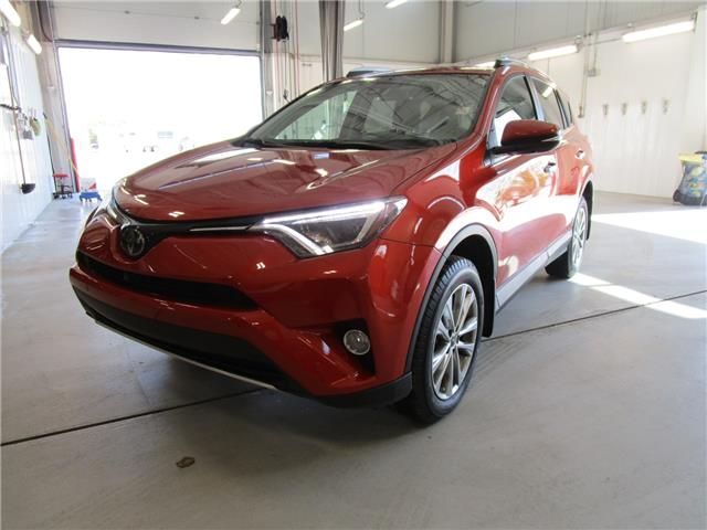 2016 Toyota RAV4 Limited (Stk: 7916) in Moose Jaw - Image 1 of 33