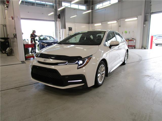 2020 Toyota Corolla SE (Stk: 6954) in Moose Jaw - Image 1 of 31