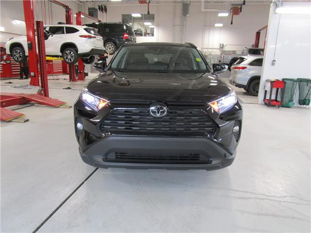 2019 Toyota RAV4 XLE (Stk: 2091591 ) in Moose Jaw - Image 1 of 30