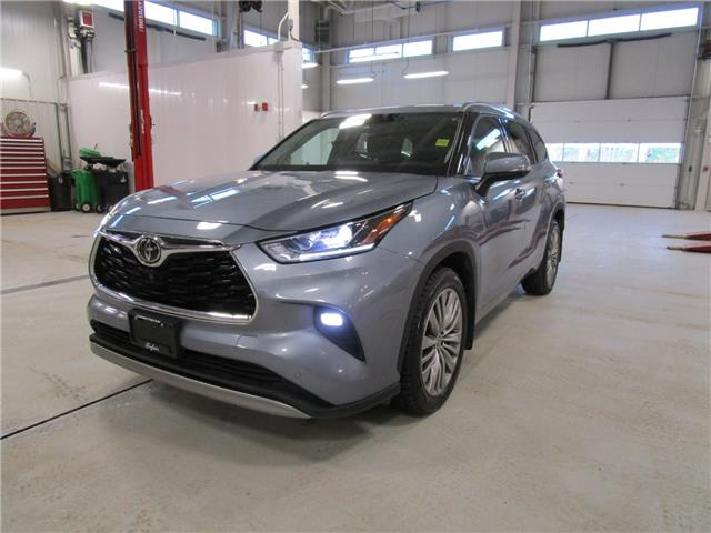 2020 Toyota Highlander Limited (Stk: 7934) in Moose Jaw - Image 1 of 40