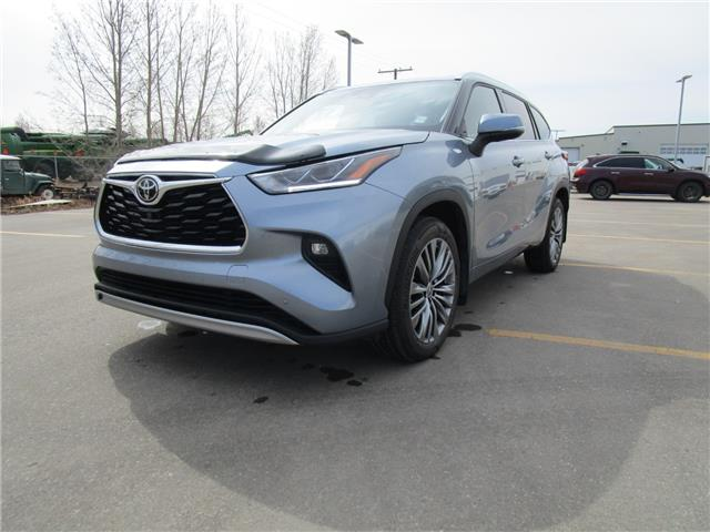 2020 Toyota Highlander Limited (Stk: 2190821) in Moose Jaw - Image 1 of 26