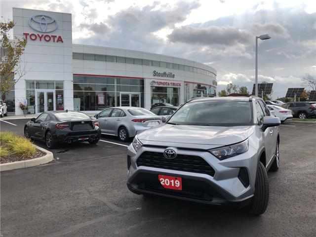 2019 Toyota RAV4 LE (Stk: 200956A) in Whitchurch-Stouffville - Image 1 of 15