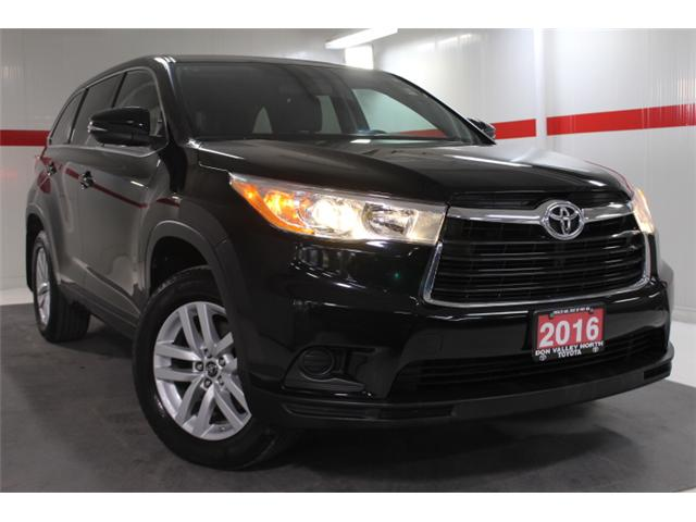 2016 Toyota Highlander LE (Stk: 297590S) in Markham - Image 1 of 24