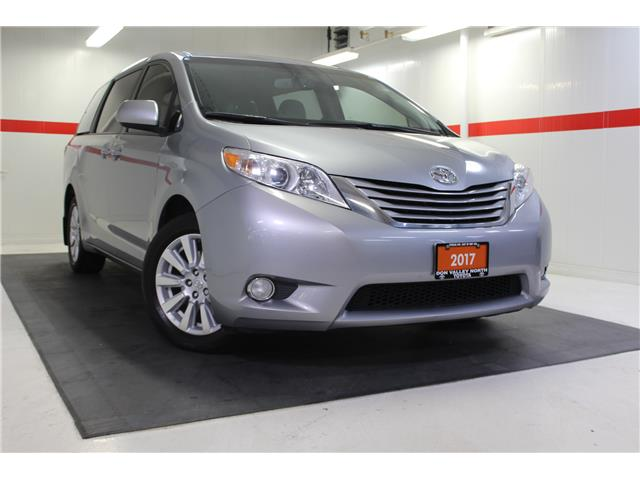 2017 Toyota Sienna LE 7 Passenger (Stk: 298567S) in Markham - Image 1 of 26