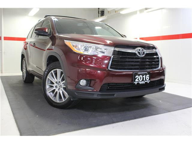 2016 Toyota Highlander XLE (Stk: 298652S) in Markham - Image 1 of 27