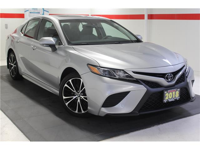 2018 Toyota Camry SE (Stk: 299304S) in Markham - Image 1 of 25