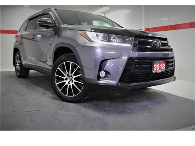 2018 Toyota Highlander XLE (Stk: 300396S) in Markham - Image 1 of 29