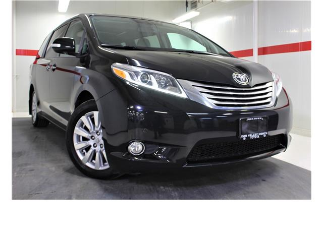 2017 Toyota Sienna Limited 7-Passenger (Stk: 300605S) in Markham - Image 1 of 26