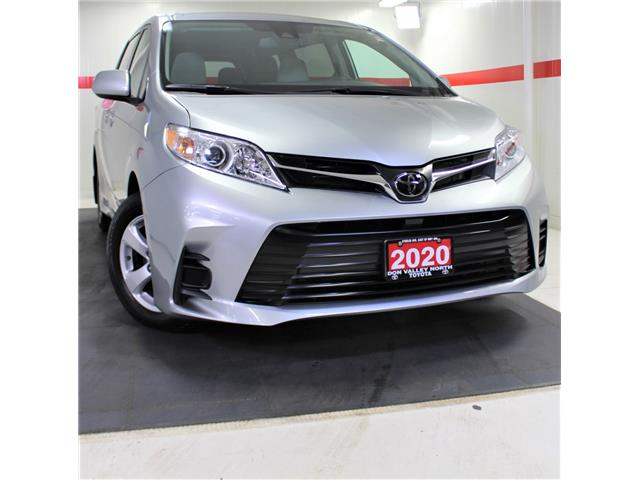 2020 Toyota Sienna LE 8-Passenger (Stk: 301605S) in Markham - Image 1 of 21