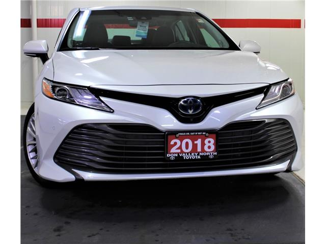 2018 Toyota Camry Hybrid XLE (Stk: 302358S) in Markham - Image 1 of 30