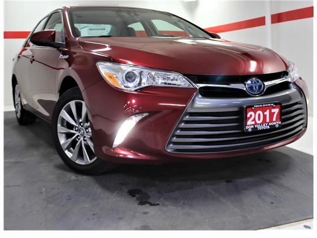 2017 Toyota Camry Hybrid XLE (Stk: 300895S) in Markham - Image 1 of 30