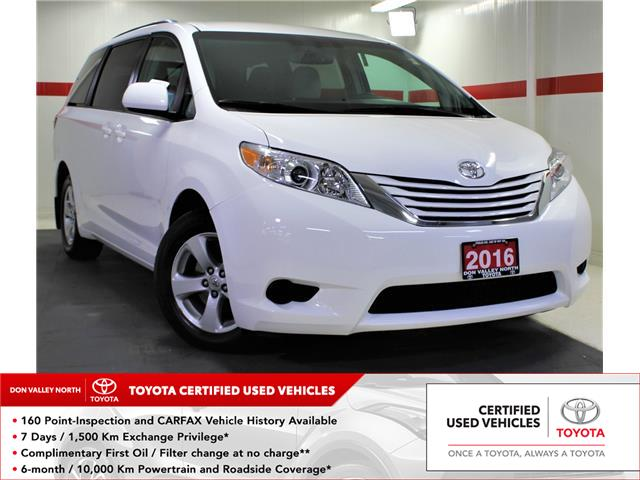 2016 Toyota Sienna LE 8 Passenger (Stk: 302469S) in Markham - Image 1 of 24
