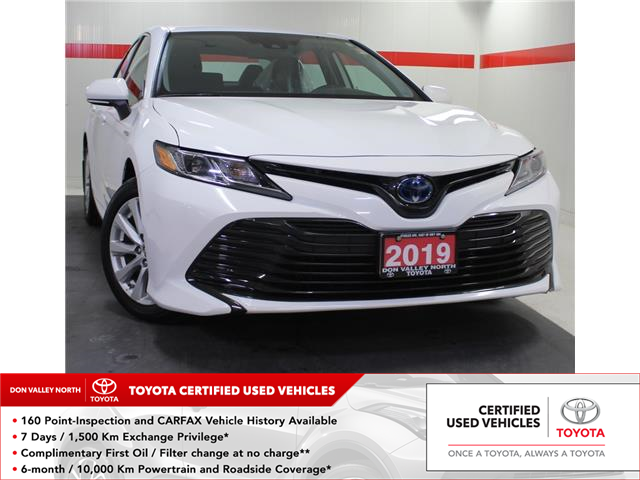 2019 Toyota Camry Hybrid LE (Stk: 304140S) in Markham - Image 1 of 24