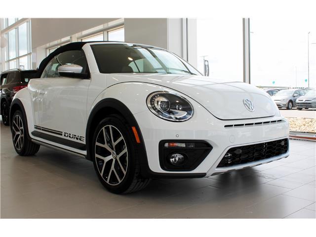 2019 Volkswagen Beetle 2.0 TSI Dune (Stk: 69248) in Saskatoon - Image 2 of 20