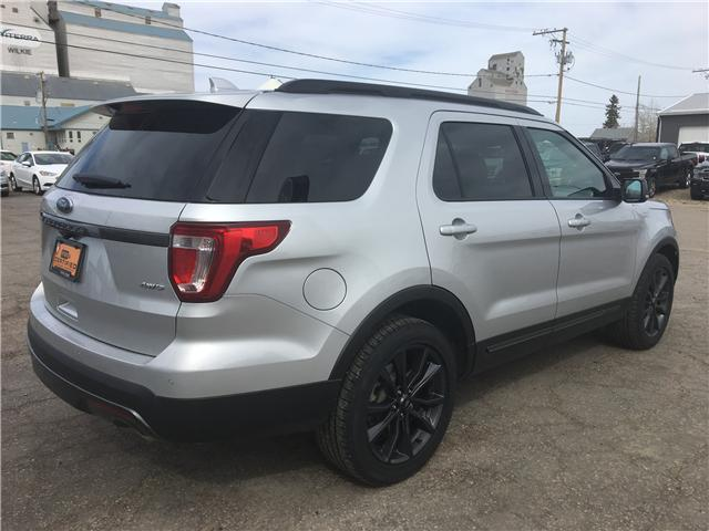2017 Ford Explorer XLT (Stk: 8342B) in Wilkie - Image 2 of 24