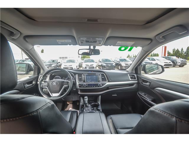 2016 Toyota Highlander XLE (Stk: L0082) in Lloydminster - Image 2 of 13