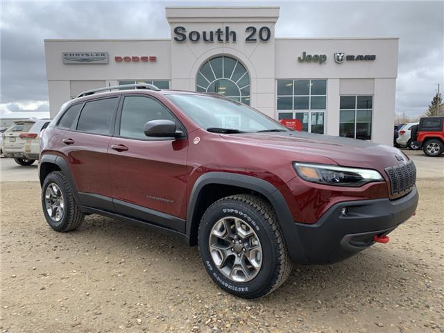 2019 Jeep Cherokee Trailhawk (Stk: 32437) in Humboldt - Image 1 of 28