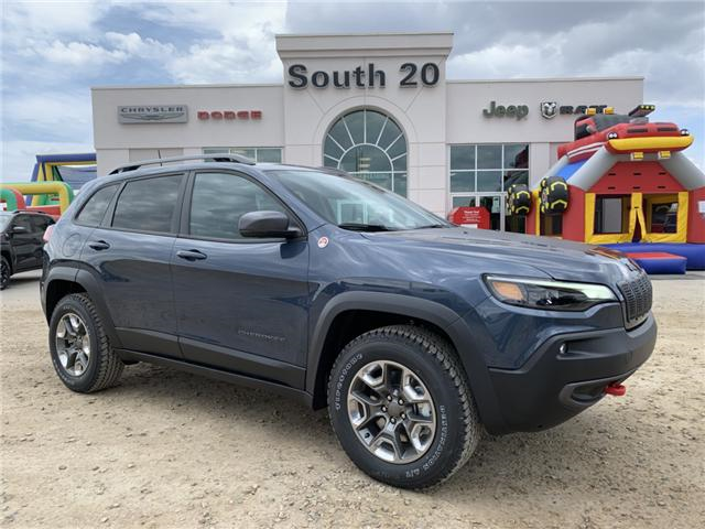 2019 Jeep Cherokee Trailhawk (Stk: 32436) in Humboldt - Image 1 of 30