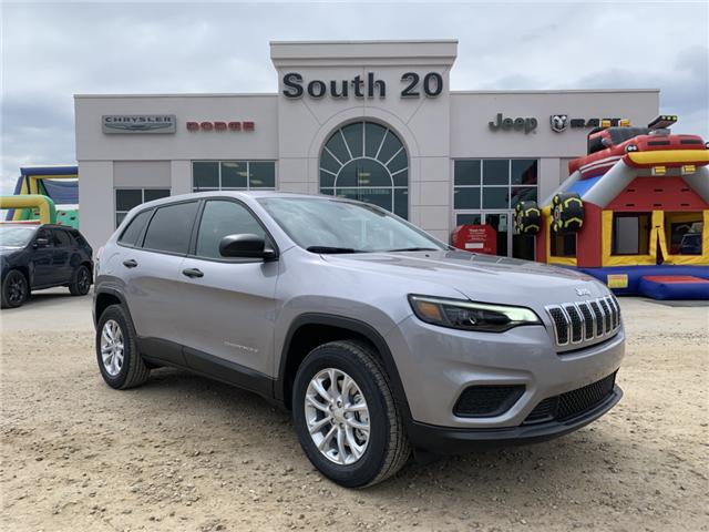 2019 Jeep Cherokee Sport (Stk: 32432) in Humboldt - Image 1 of 25