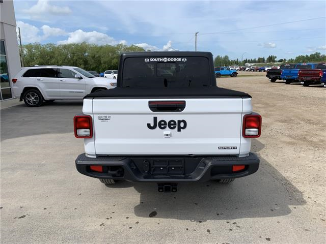 2020 Jeep Gladiator Sport S (Stk: 32474) in Humboldt - Image 5 of 26