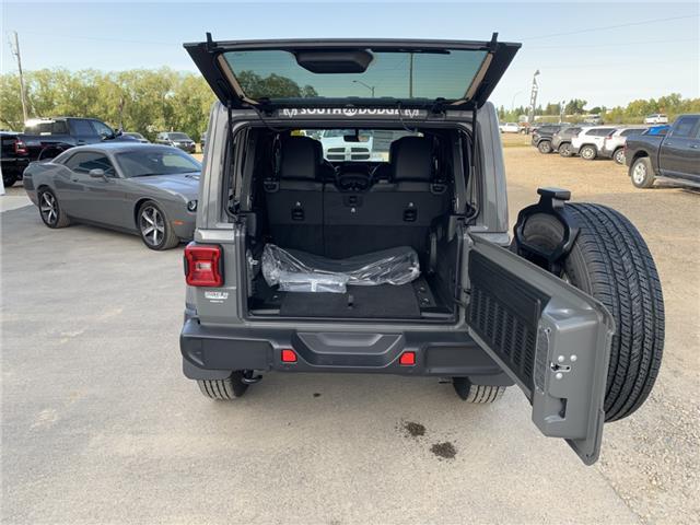 2020 Jeep Wrangler Unlimited Sahara (Stk: 32586) in Humboldt - Image 22 of 24