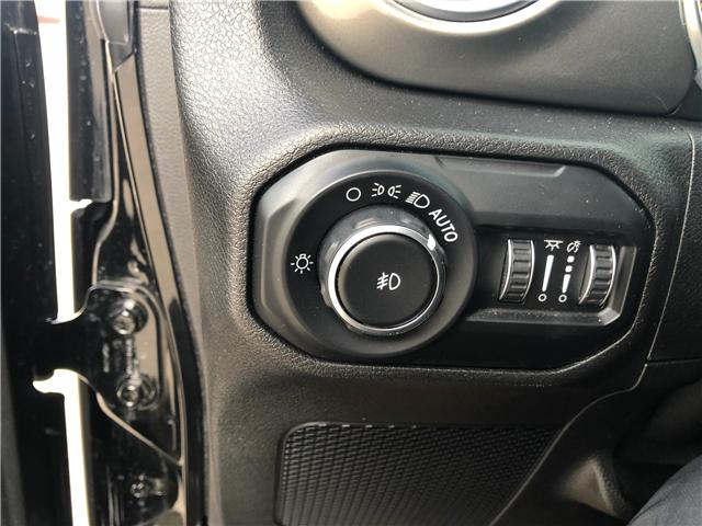 2018 Jeep Wrangler Unlimited Sahara (Stk: T19-68A) in Nipawin - Image 11 of 25