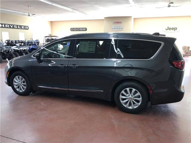2019 Chrysler Pacifica Touring-L (Stk: T19-146) in Nipawin - Image 5 of 14