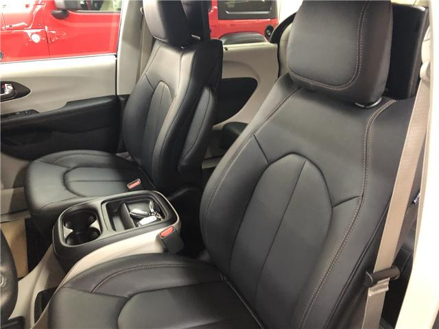 2019 Chrysler Pacifica Touring-L (Stk: T19-146) in Nipawin - Image 11 of 14