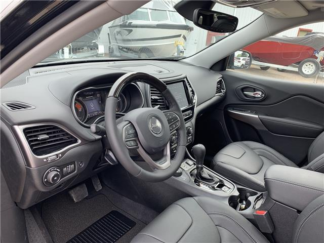 2019 Jeep Cherokee Overland (Stk: T19-136) in Nipawin - Image 14 of 15