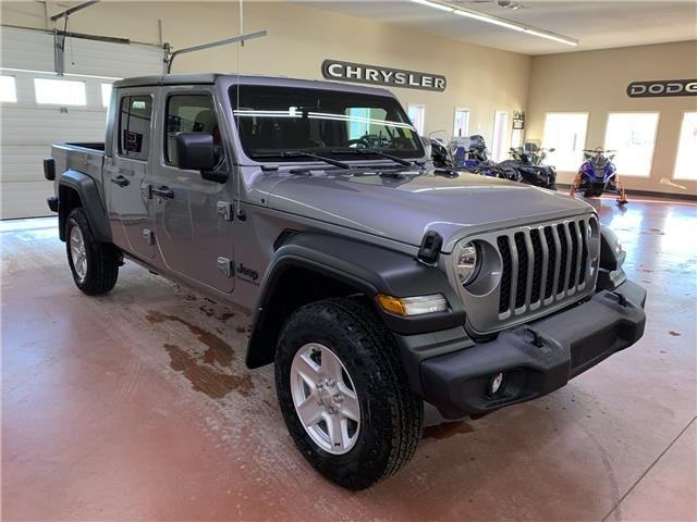 2020 Jeep Gladiator Sport S (Stk: T20-21) in Nipawin - Image 1 of 18