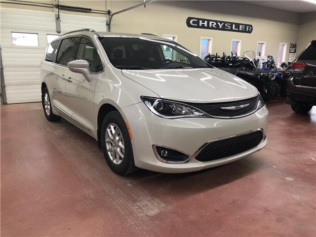 2020 Chrysler Pacifica Touring-L (Stk: T20-24) in Nipawin - Image 1 of 25