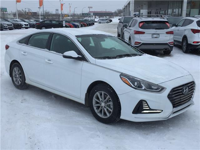 2019 Hyundai Sonata ESSENTIAL (Stk: 39328) in Saskatoon - Image 1 of 22