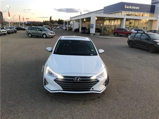2020 Hyundai Elantra Luxury (Stk: 40200) in Saskatoon - Image 2 of 30