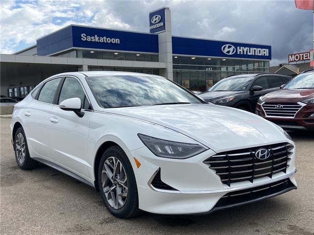 2020 Hyundai Sonata Preferred (Stk: 40287) in Saskatoon - Image 1 of 17