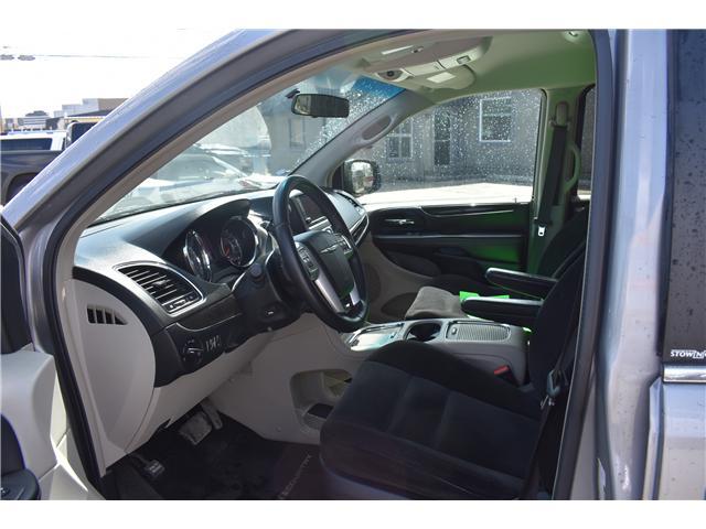 2014 Chrysler Town & Country Touring (Stk: p36596) in Saskatoon - Image 11 of 23
