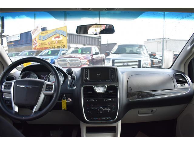 2014 Chrysler Town & Country Touring (Stk: p36596) in Saskatoon - Image 12 of 23