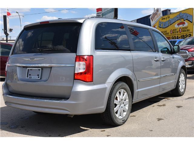 2014 Chrysler Town & Country Touring (Stk: p36596) in Saskatoon - Image 5 of 23