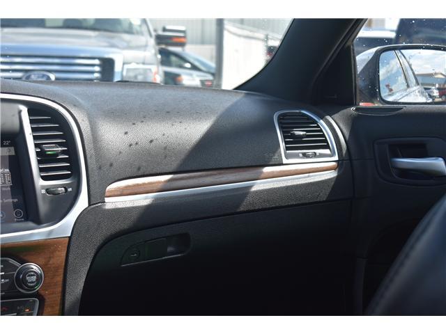 2017 Chrysler 300 C Platinum (Stk: p36607) in Saskatoon - Image 21 of 27
