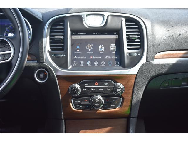2017 Chrysler 300 C Platinum (Stk: p36607) in Saskatoon - Image 16 of 27