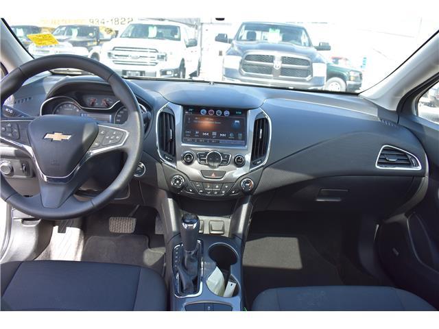 2018 Chevrolet Cruze LT Auto (Stk: P36592) in Saskatoon - Image 12 of 24