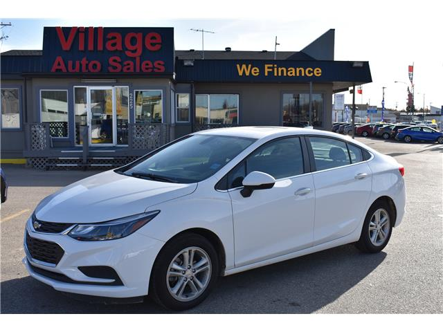 2017 Chevrolet Cruze LT Auto (Stk: BP701) in Saskatoon - Image 1 of 30