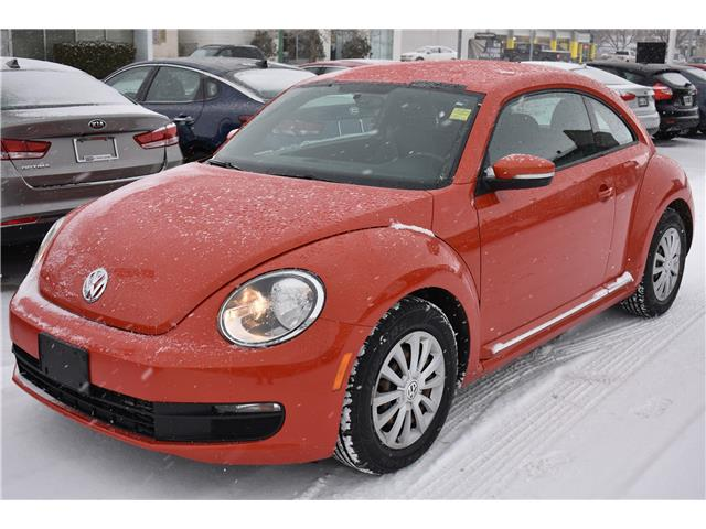 2016 Volkswagen Beetle 1.8 TSI Trendline 3VWJ07AT6GM619700 P37351 in Saskatoon