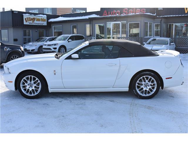 2013 Ford Mustang V6 Premium (Stk: P37512) in Saskatoon - Image 2 of 23