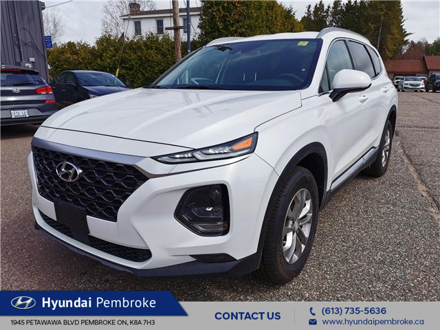 2020 Hyundai Santa Fe Essential 2.4 w/Safey Package (Stk: 20053) in Pembroke - Image 1 of 22