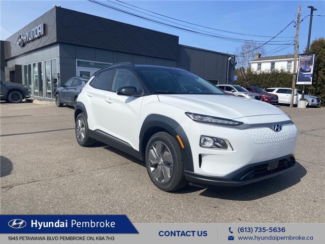 2021 Hyundai Kona EV Preferred w/Two Tone (Stk: 212307) in Pembroke - Image 1 of 8