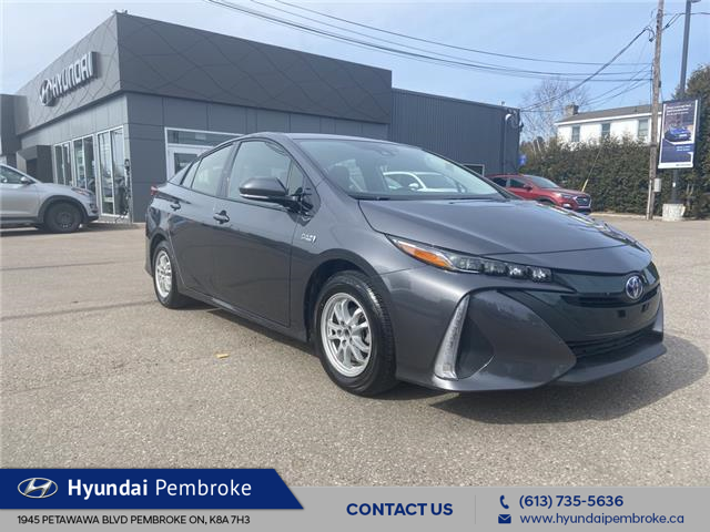 2018 Toyota Prius Prime Base (Stk: 21196A) in Pembroke - Image 1 of 25