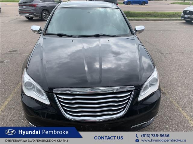2014 Chrysler 200 Limited (Stk: 21380B) in Pembroke - Image 1 of 7
