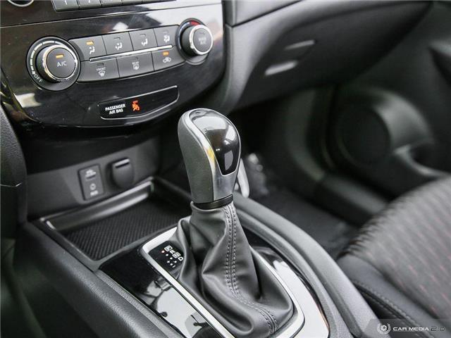 2017 Nissan Rogue S (Stk: U5870) in Waterloo - Image 11 of 27