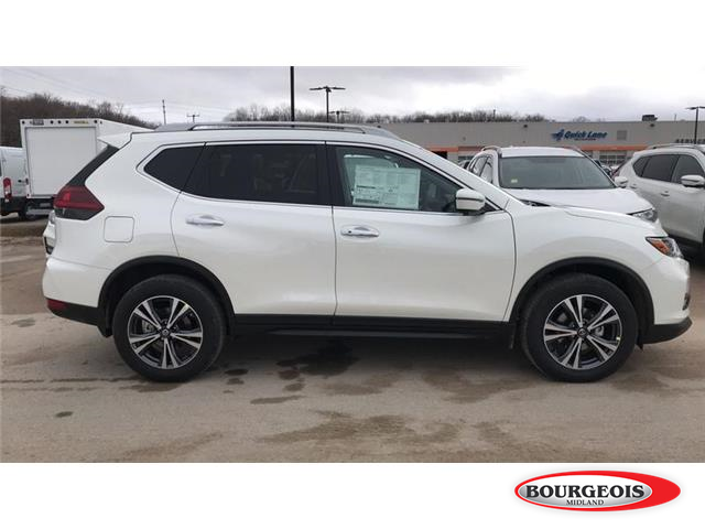 2019 Nissan Rogue SV (Stk: 019RG8) in Midland - Image 2 of 16